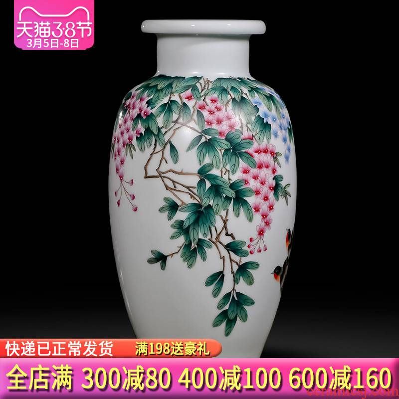 Famous master of jingdezhen ceramics hand - made enamel vase sabingga sukdun dergici jimbi Chinese sitting room adornment is placed