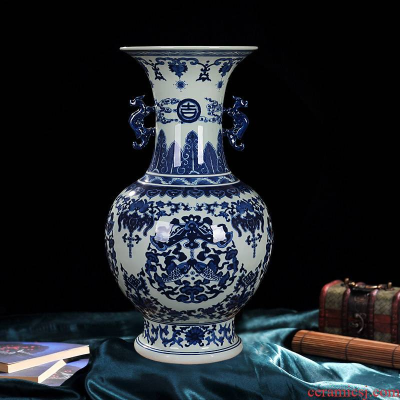 Antique hand - made ears design of blue and white porcelain of jingdezhen ceramics vase flowers sitting room adornment is placed the process