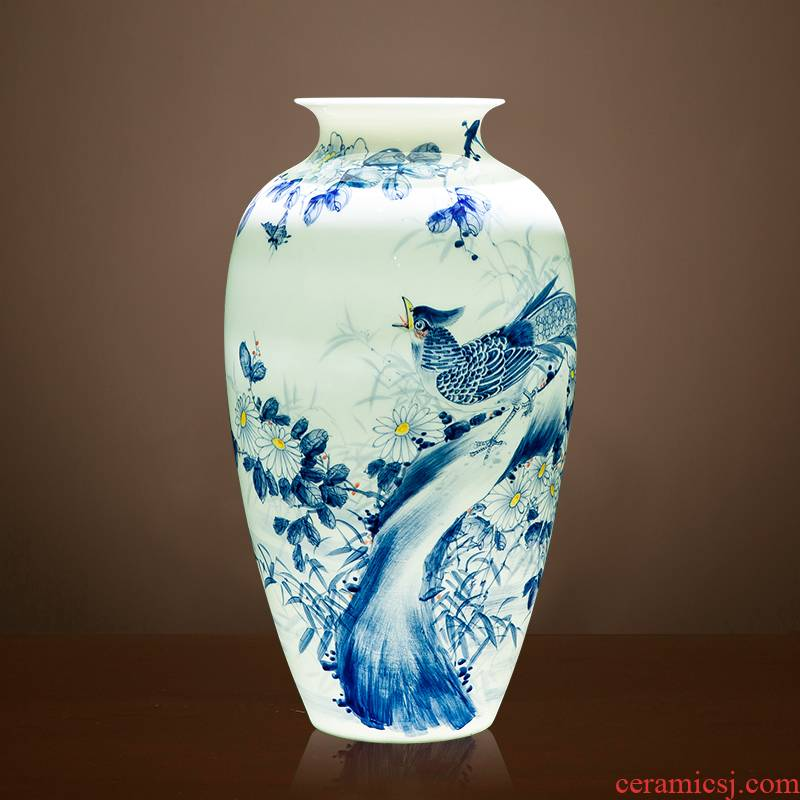 Jingdezhen blue and white porcelain vases, famous master hand - made ceramics new Chinese style home sitting room adornment is placed