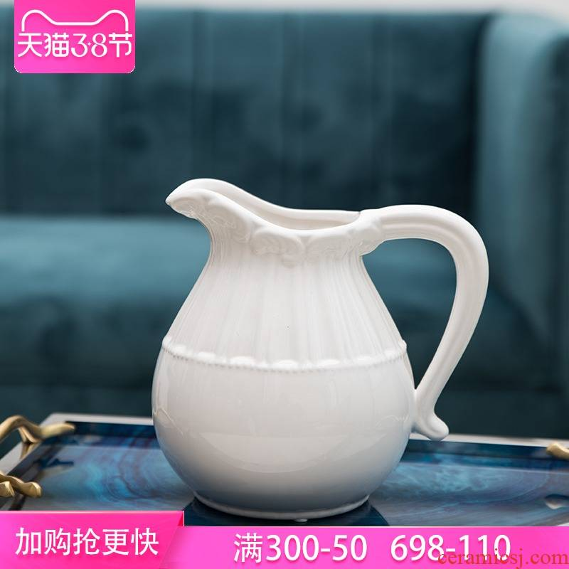 I and contracted and pure and fresh Mediterranean Europe type ceramic vase household act the role ofing is tasted fashion contracted white flower pot of bottle