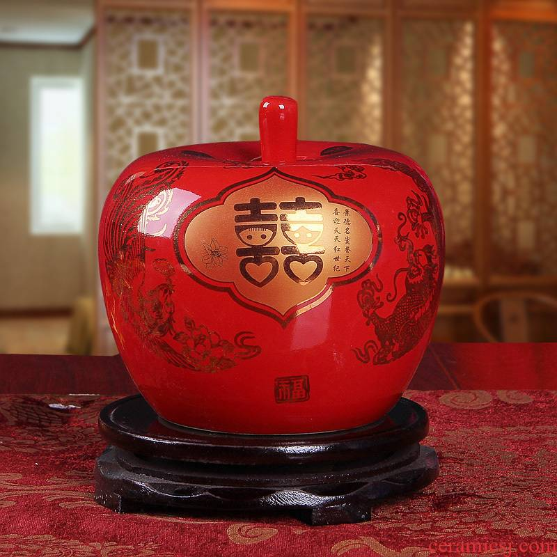 Send China red apple base of jingdezhen ceramics handicraft furnishing articles creative decorative household act the role ofing is tasted a wedding gift