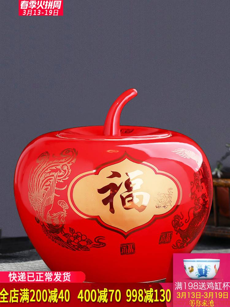Jingdezhen ceramics China red apple storage jar vase Chinese sitting room adornment is placed a wedding gift