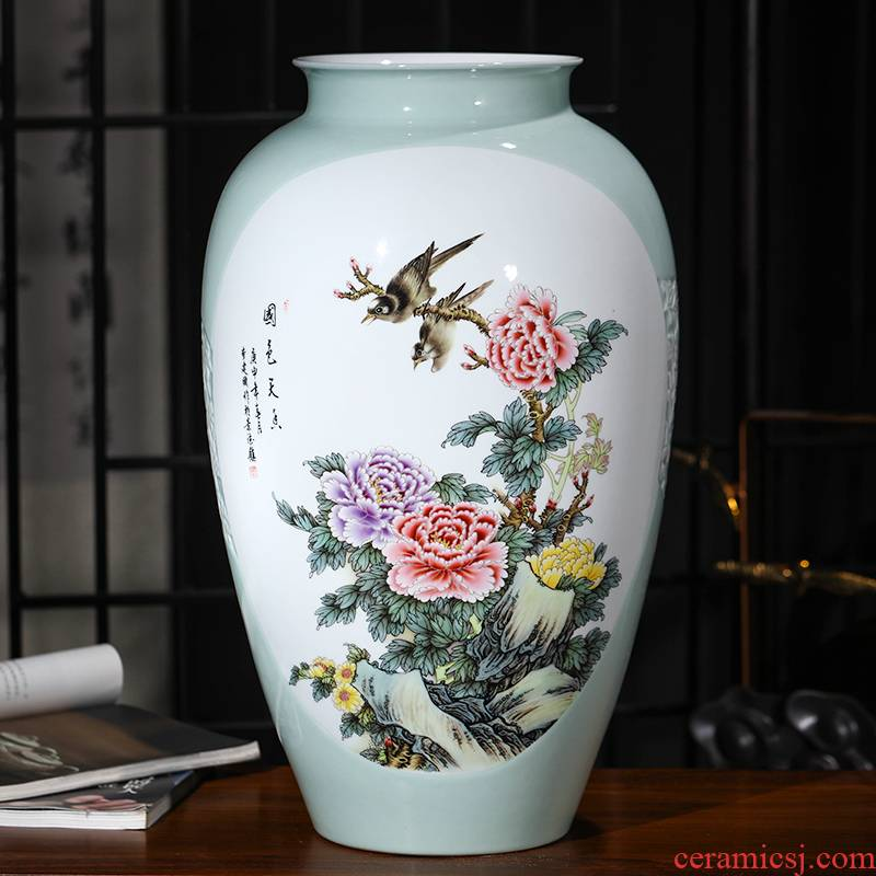 Jingdezhen ceramics green glaze carving large vases, flower arranging Chinese style living room TV ark, home furnishing articles