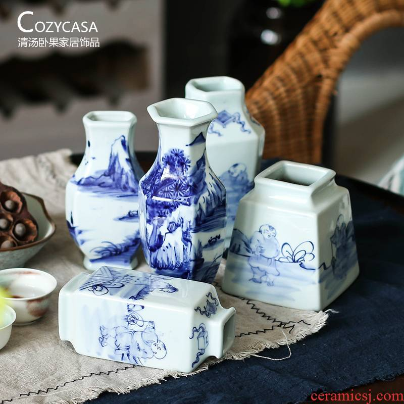 The Clear soup WoGuo jingdezhen blue and white porcelain vase Chinese style furnishing articles teahouse living room table hand - made floret bottle of flower