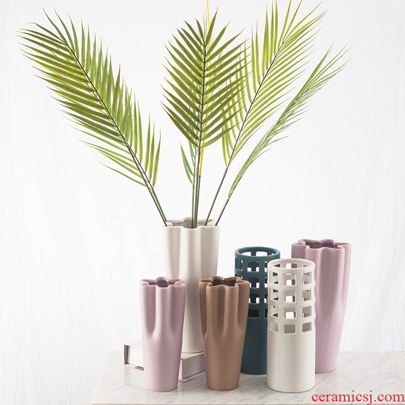 Creative matte enrolled porcelain vase Nordic INS wind flower arranging small sitting room pure and fresh and furnishing articles household table dry flower adornment