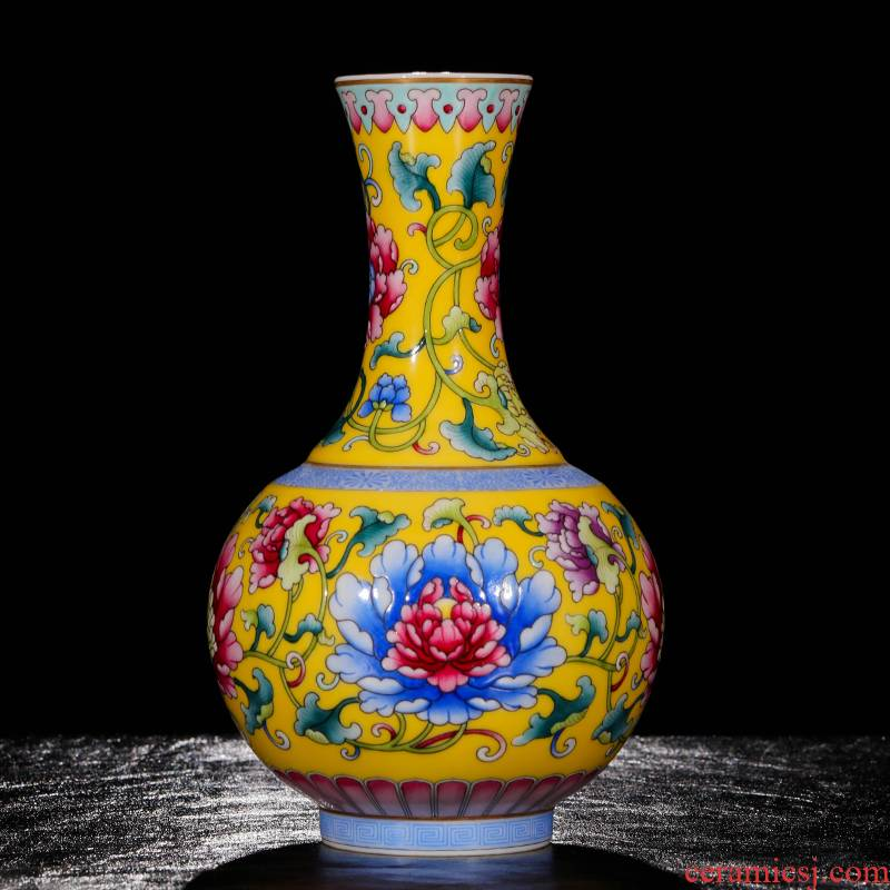Yang Shiqi palace ceramics and name to pastel yellow lotus pattern design