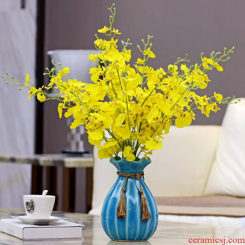 Simulation flower furnishing articles table, TV ark, ceramic vases, dried flowers sitting room decoration of modern home decoration, small and pure and fresh