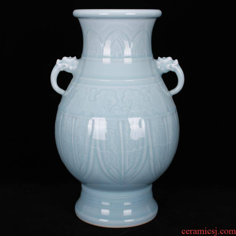 Jingdezhen imitation of the yongzheng emperor qianlong antique antique shadow blue glaze carving vase Chinese style restoring ancient ways household adornment furnishing articles