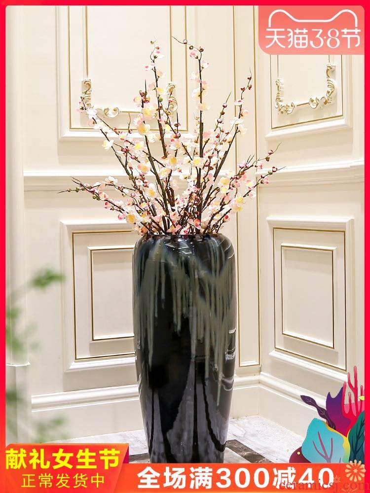Jingdezhen European modern vase large living room decoration flower arranging hotel villa clubhouse black glaze ceramic furnishing articles