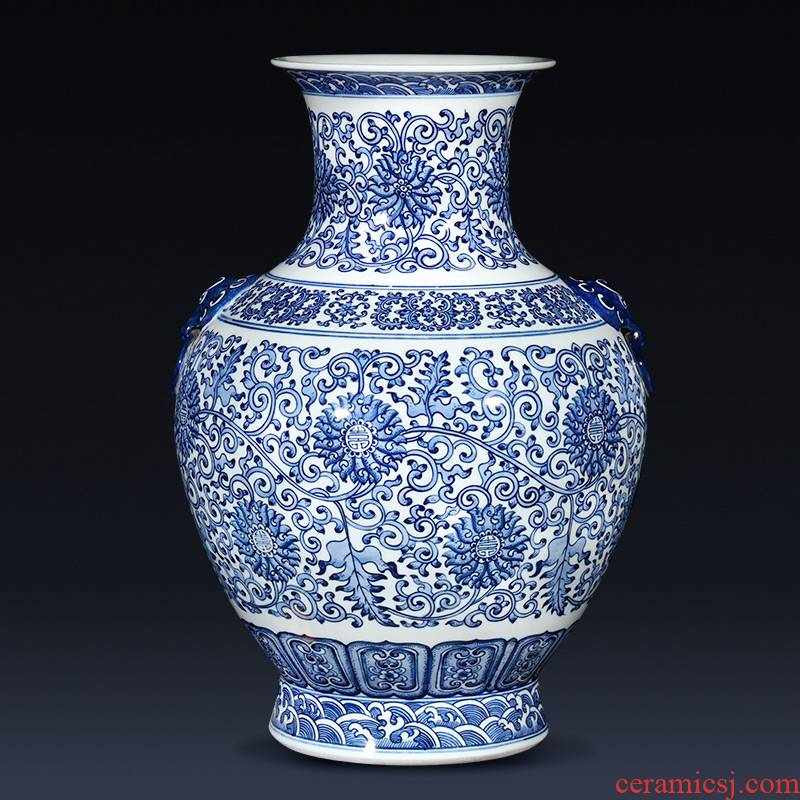 Jingdezhen ceramics by hand antique Chinese blue and white porcelain vases, flower arrangement and classic porch decoration furnishing articles