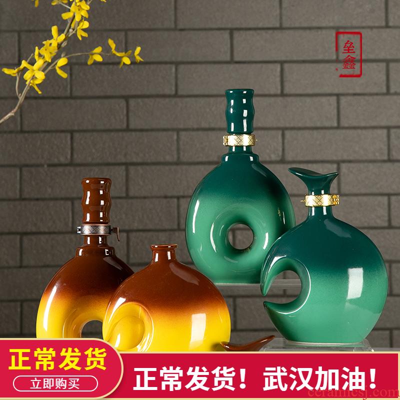 An empty bottle of jingdezhen ceramic creative furnishing articles 1 catty decoration runs home wine jar airtight jar jar
