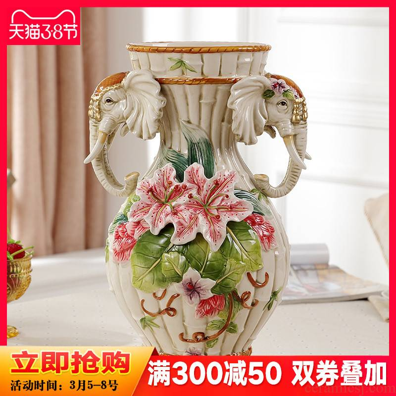 Lucky elephant vase and furnishing articles creative European American restoring ancient ways is the sitting room TV cabinet ceramic handicraft ornament