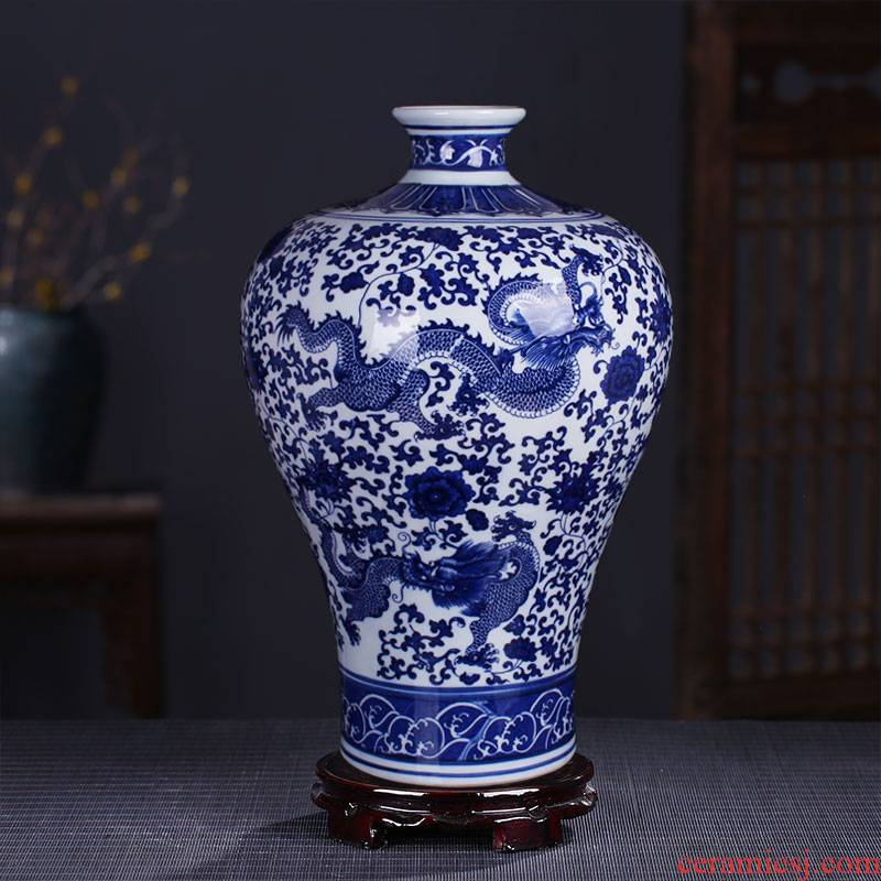 Jingdezhen ceramics glaze dragon under the blue and white porcelain vases, flower arrangement archaize sitting room rich ancient frame of Chinese style household furnishing articles