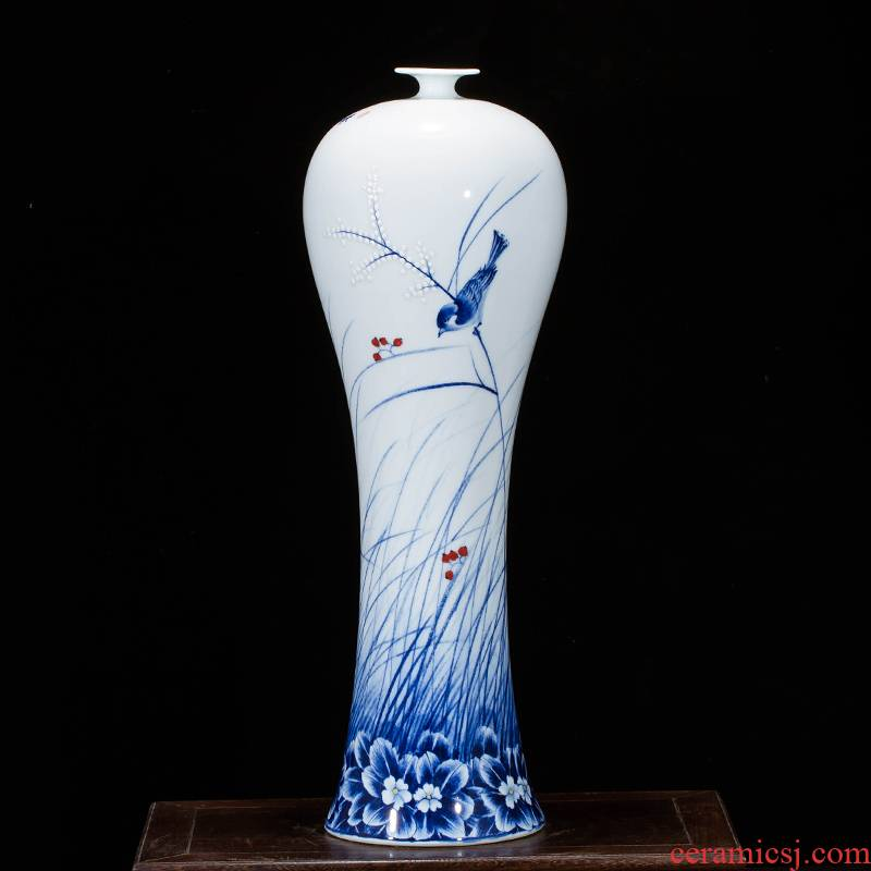 The Master of jingdezhen ceramics hand - made large blue and white porcelain vase Chinese wine porch sitting room adornment is placed