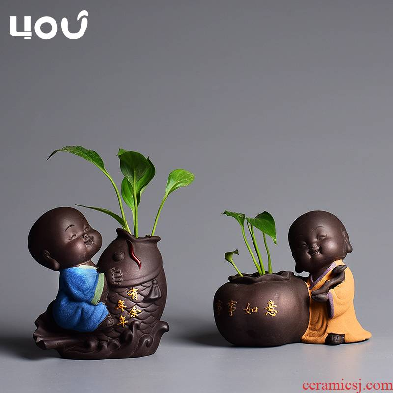 The young monk flower implement hydroponic flower arranging flowers purple sand pottery and porcelain bottle creative desktop furnishing articles