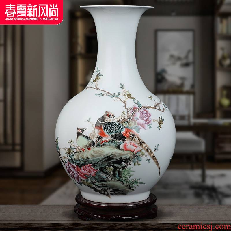Jingdezhen ceramics, vases, flower arranging famille rose porcelain furnishing articles sitting room TV ark, of Chinese style household decorative arts and crafts