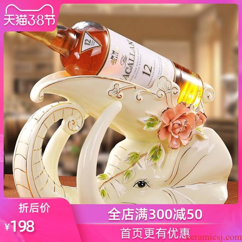 Jingdezhen European pure checking ceramic crafts creative furnishing articles sitting room adornment see elephant wine rack