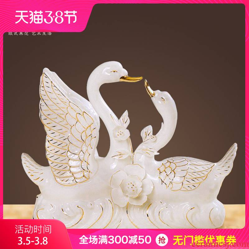 Mr. Ceramics white swan animal furnishing articles of handicraft wedding gift European - style home sitting room adornment is placed