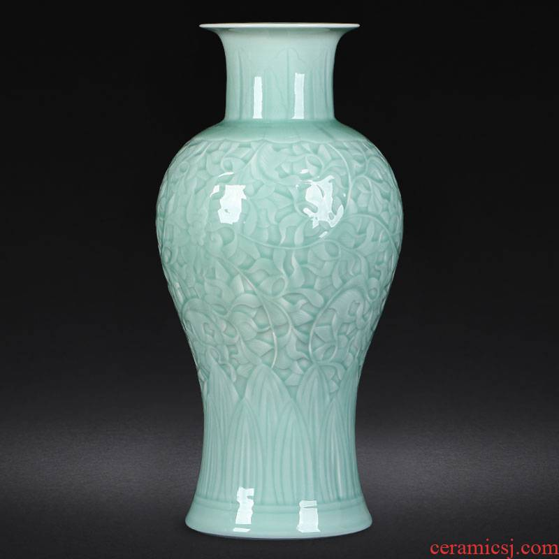 Jingdezhen ceramics antique green glaze carving vase furnishing articles sitting room flower arranging Chinese style household decoration gifts