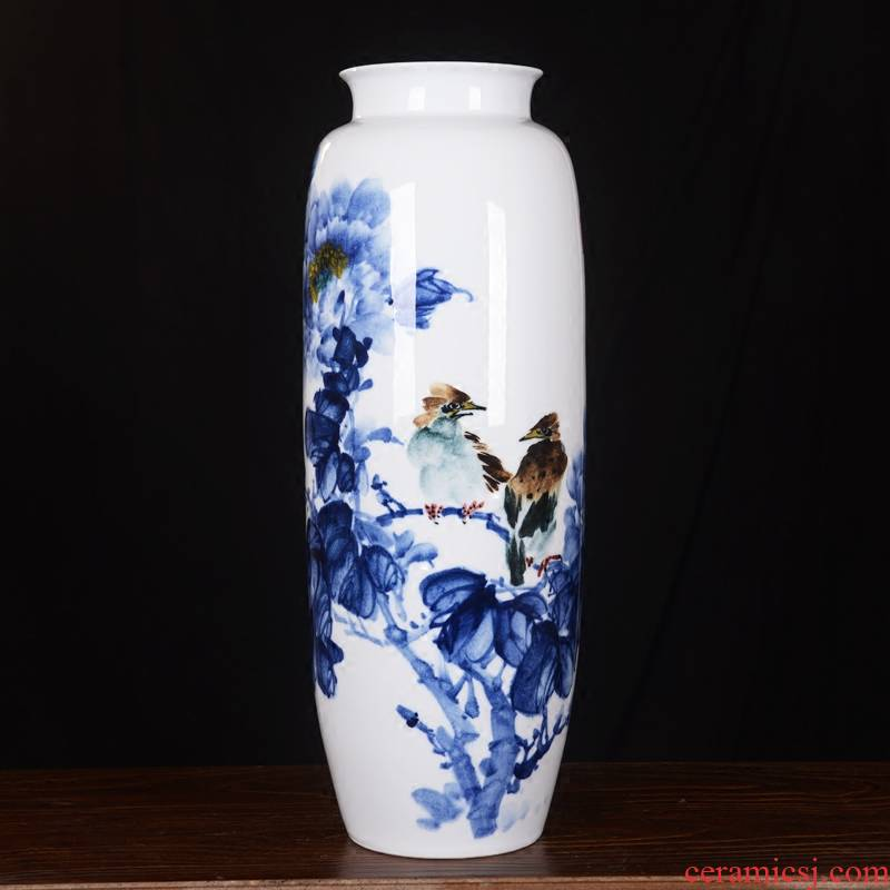 High - grade jingdezhen ceramics master modern hand - made flowers vase home decoration crafts are sitting room