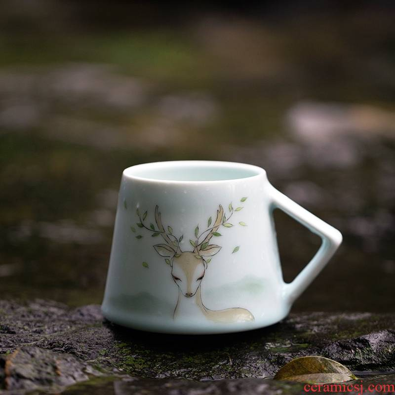 Landscape between the fawn hand - made jingdezhen ceramic keller cup children male couples cup custom art express it in animals