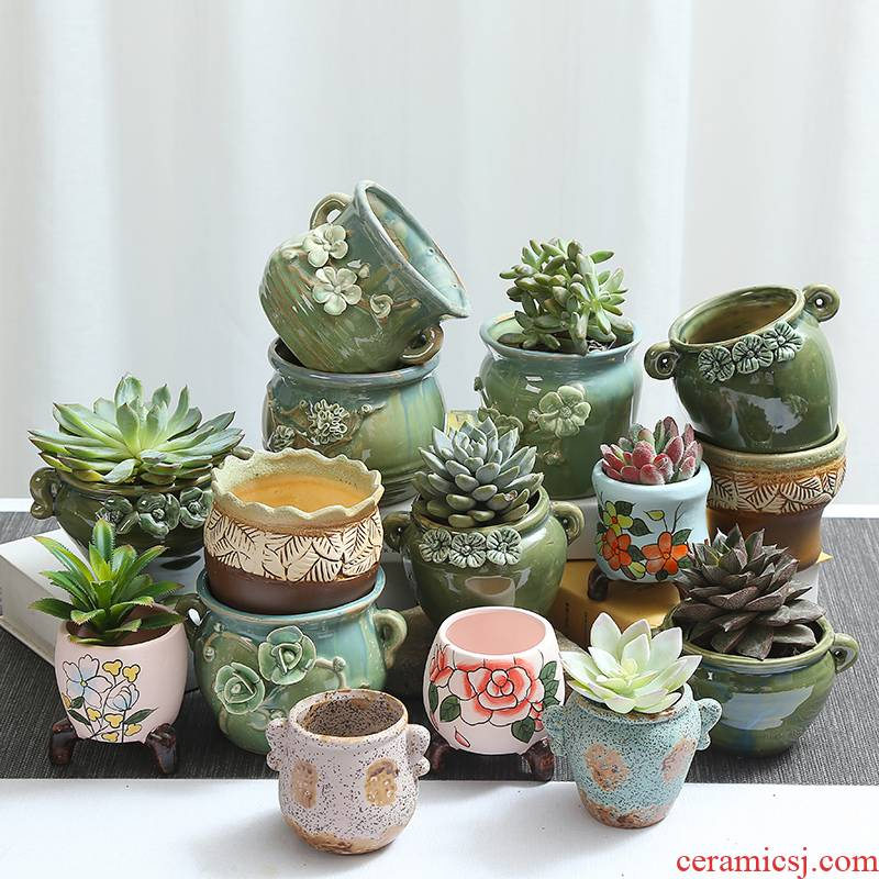 Fleshy green potted plant violet arenaceous coarse pottery old running the plastic vessels contracted ceramic individuality creative small potted the plants