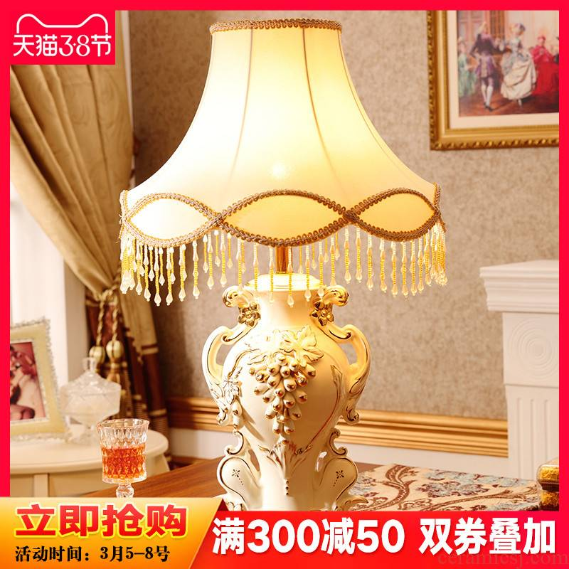 European style living room lamp act the role ofing furnishing articles creative household adornment bedroom large key-2 luxury wedding present ceramic arts and crafts