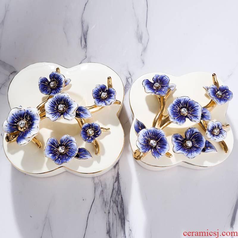 Fort SAN road new royal blue name plum flower series European ceramic compote household adornment fruit bowl dried fruit tray frame with cover