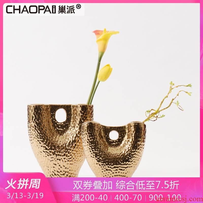 Creative move electroplating gold ceramic vase furnishing articles sitting room of Europe type restoring ancient ways the desktop cellular flower arranging flower decoration
