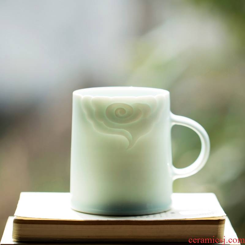Landscape clouds, hand made cup hand - carved ceramic mugs creative cup private gifts to the custom