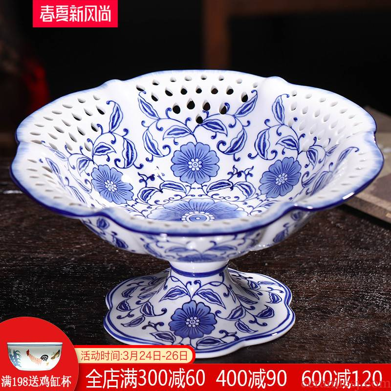 Blue and white porcelain of jingdezhen ceramics of fruit snacks dry fruit tray was modern new Chinese style sitting room tea table table furnishing articles
