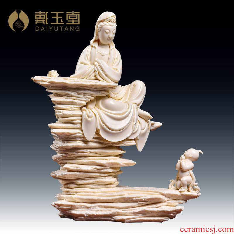 Yutang dai dehua porcelain carving art furnishing articles Lin Jiansheng manually signed jade huang the boy worship goddess of mercy corps/D03-130