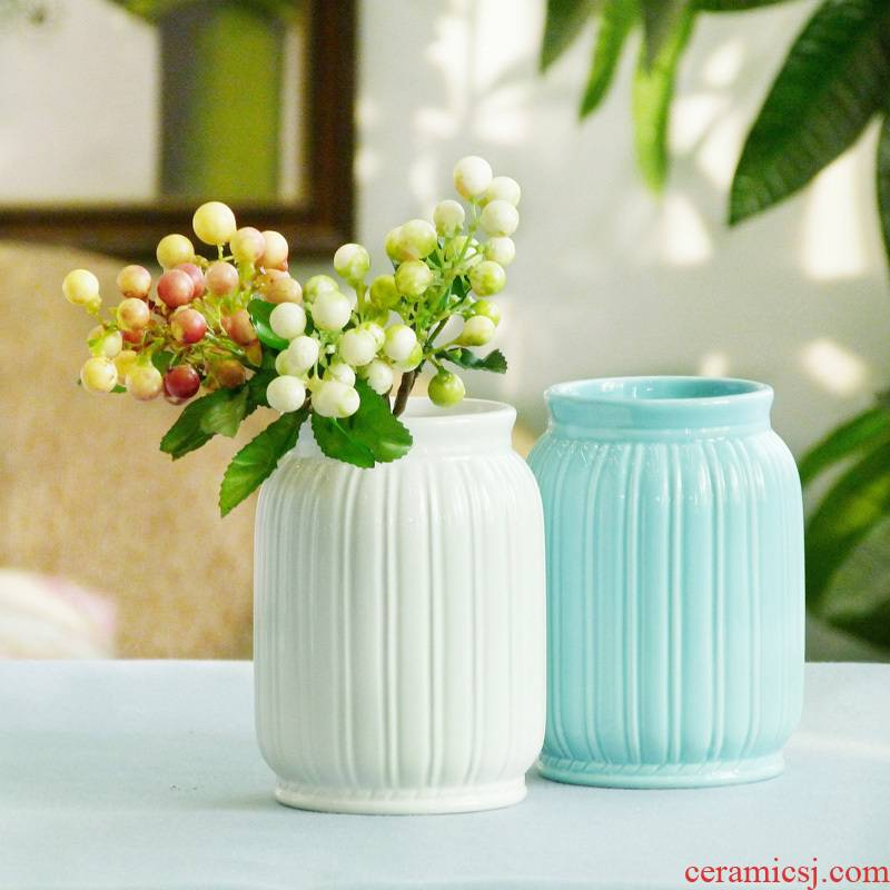 Jingdezhen dried flower vase furnishing articles ceramic household small pure and fresh and contracted sitting room table flower arranging all over the sky star vase