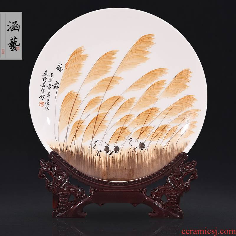 Jingdezhen ceramics hand - made crane dance decoration plate sit plate hanging dish of new Chinese style living room porch handicraft furnishing articles