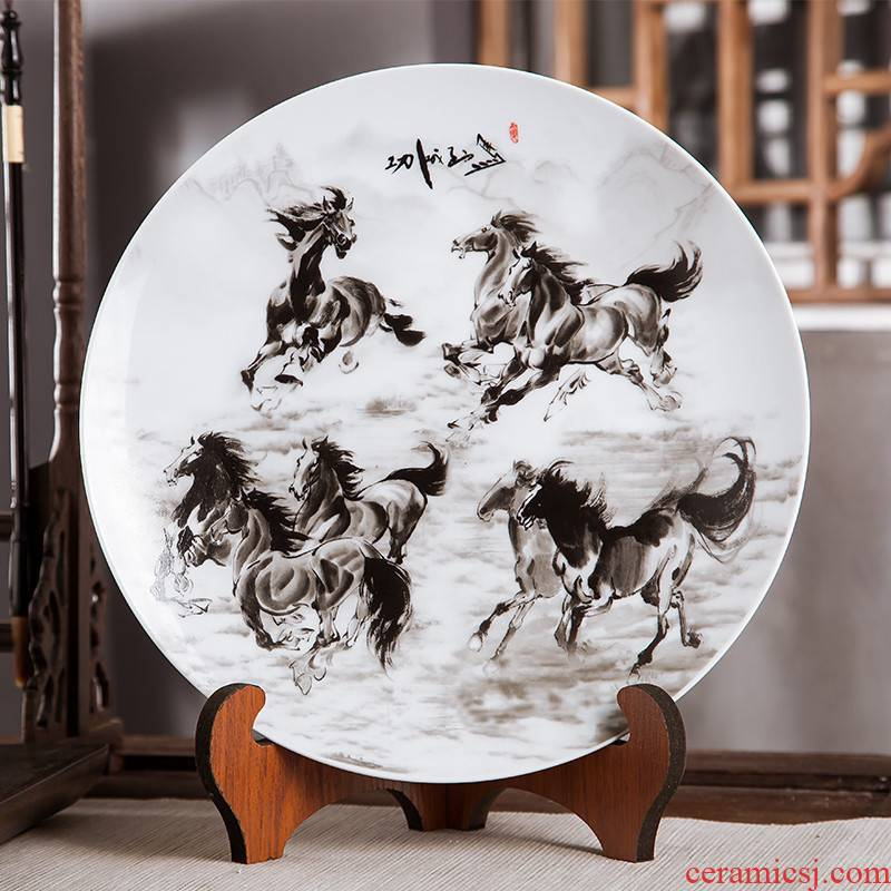 Jingdezhen ceramics furnishing articles to sit home decoration plate of Chinese arts and crafts wine sitting room porch decoration plate