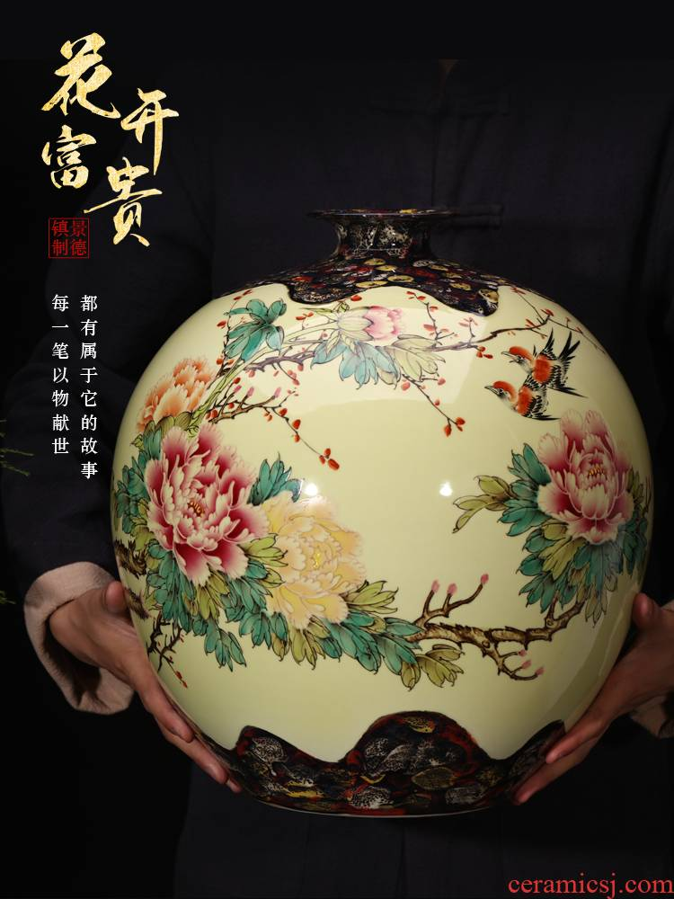 Jingdezhen ceramics famous hand - made powder enamel vase furnishing articles large sitting room porch decoration of Chinese style household