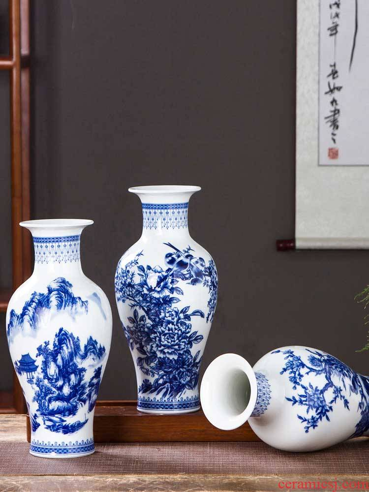 Antique Chinese blue and white porcelain vase of jingdezhen ceramics home sitting room TV ark adornment rich ancient frame furnishing articles