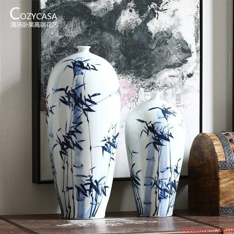 Hand - made bamboo blue and white porcelain vases, new Chinese style beauty shoulder the sitting room is the study of jingdezhen ceramic vase is placed flowers