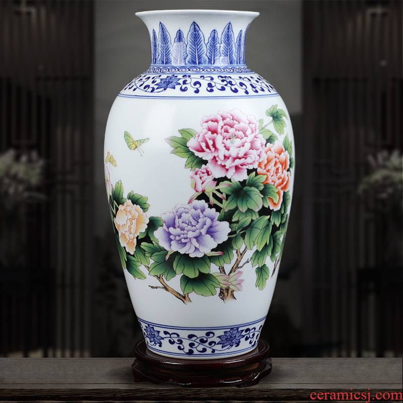 Jingdezhen blue and white ceramics powder enamel vase very beautiful famous hand - made home sitting room adornment is placed