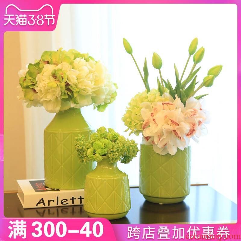 I and contracted vase furnishing articles ceramic flower arranging device floret bottle sitting room of Europe type TV ark, the table decoration decoration