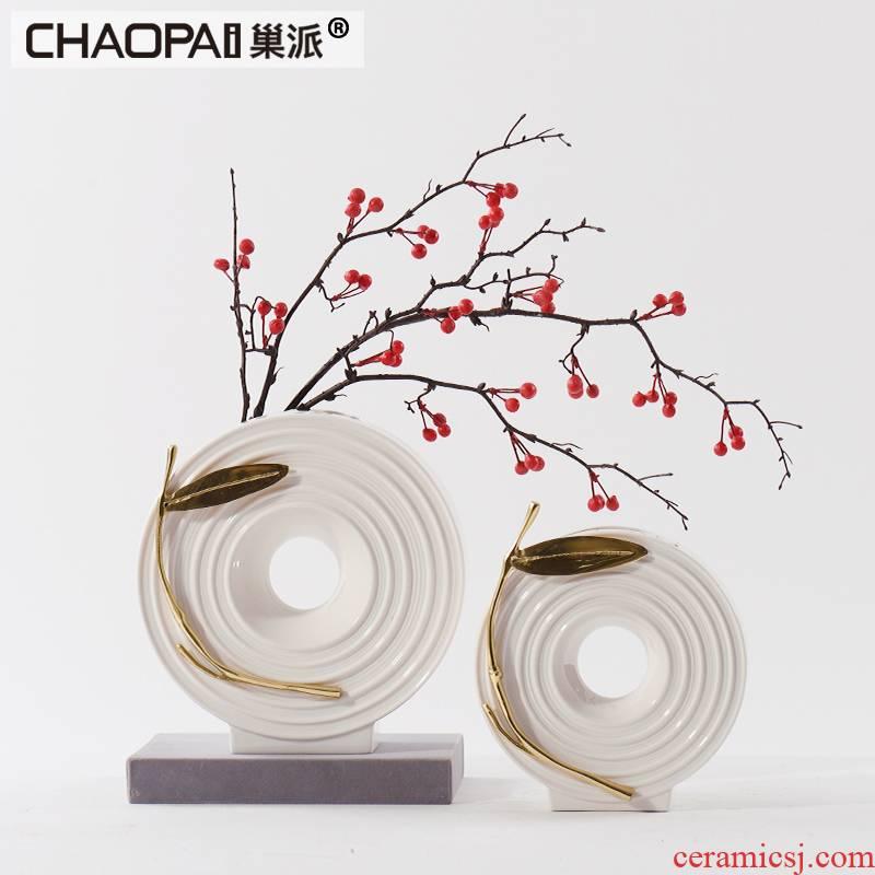 Simple white ceramic flower vases furnishing articles continental circular flower implement model living room desktop decoration decoration