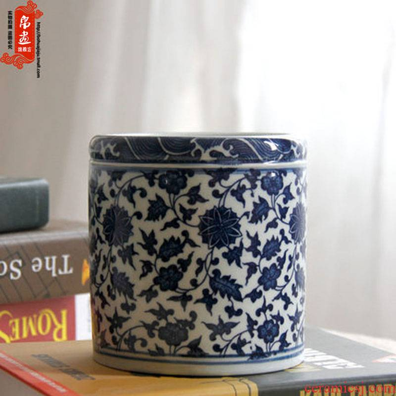 Jingdezhen ceramic furnishing articles brush pot study four treasures blue and white lotus flower hair brush pot home office decoration