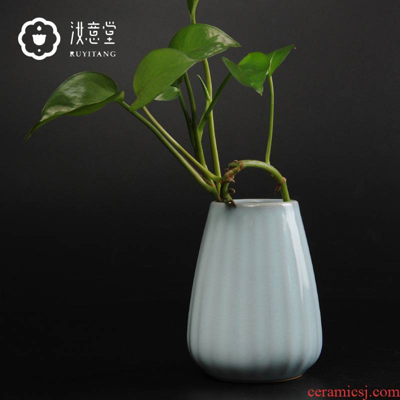 Your up porcelain bottle floret small pure and fresh and ceramic flowers in the living room table vases, flower implement porcelain decoration small place