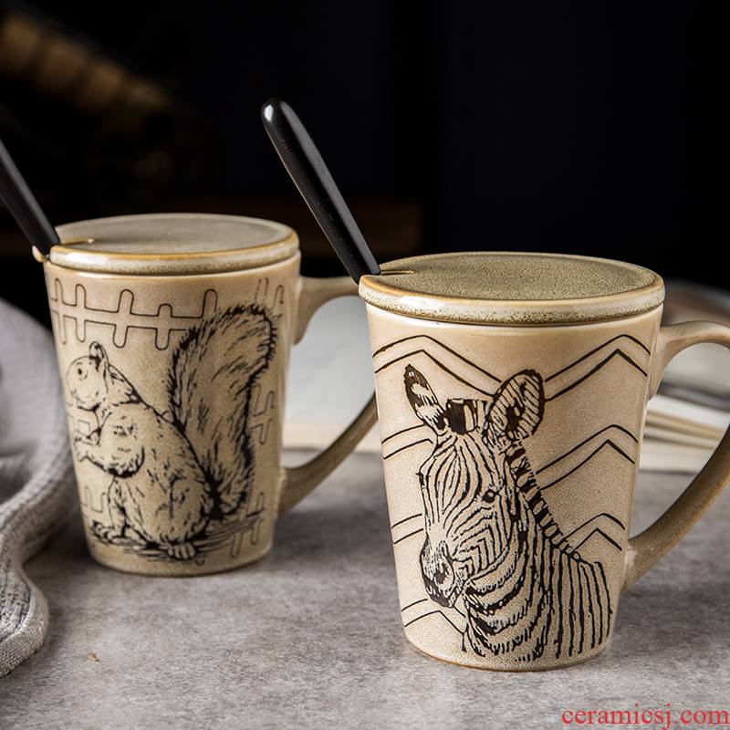 Ceramic cup with cover with a spoon, creative contracted household retro animal motifs, office keller cup coffee cup