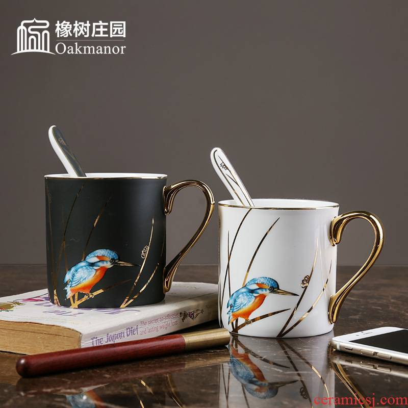 Small European - style key-2 luxury coffee cup suit household British key-2 luxury afternoon tea spoon, creative ipads China red tea cups