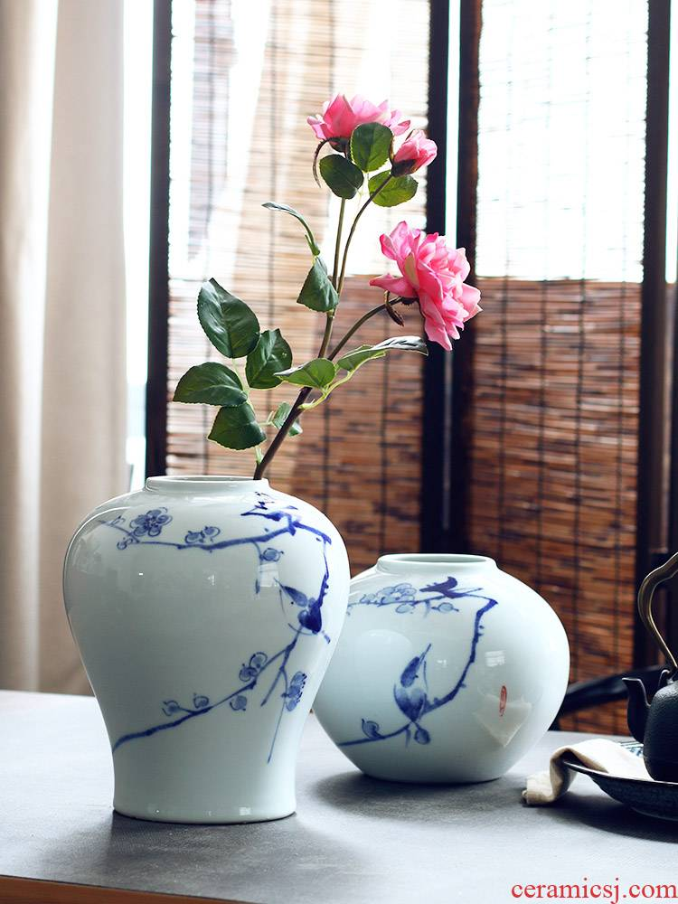 The Clear soup WoGuo ceramics jingdezhen blue and white porcelain vase furnishing articles Chinese wind of new Chinese hand - made wintersweet flowers
