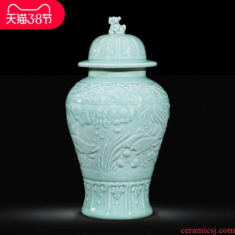 The jingdezhen ceramics by hand throwing carve shadow qdu vase porch hotel villa home decoration furnishing articles
