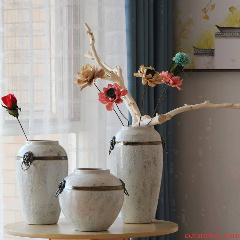 Coarse pottery vases, antique bronze, ceramic flower implement restoring ancient ways do old white glaze small pure and fresh and dry flower adornment flowers