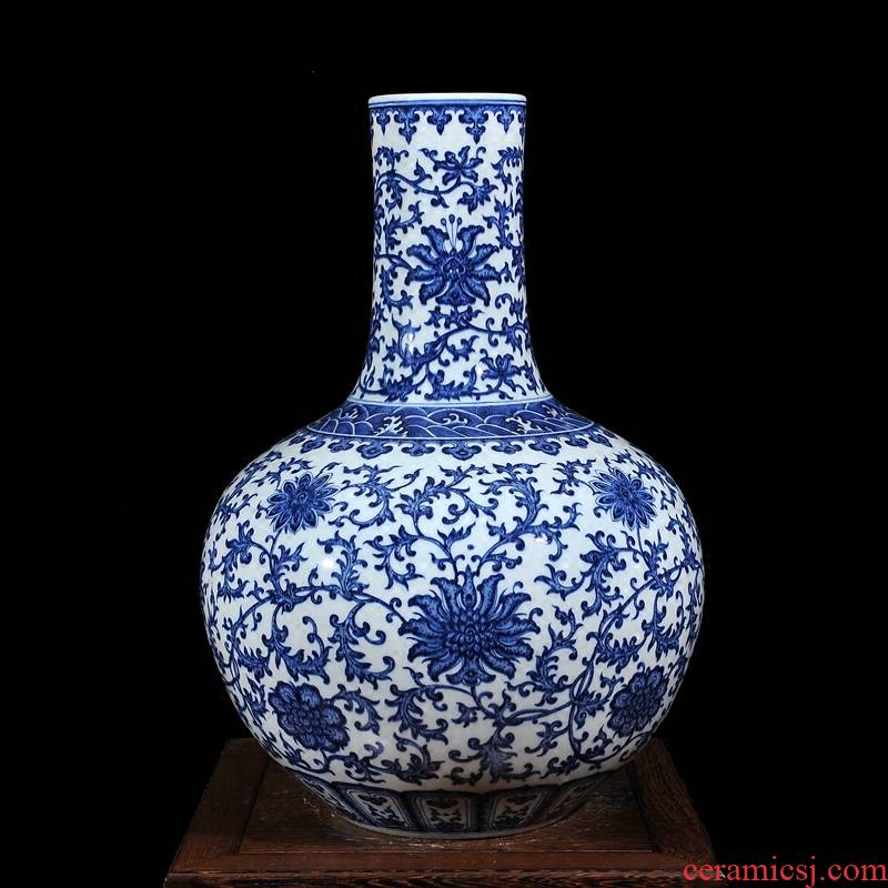 Jingdezhen ceramic high - end antique blue - and - white bound branch lotus celestial sitting room place vase home decoration process