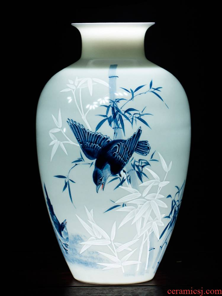Jingdezhen ceramics hand - made of blue and white porcelain vases, flower arrangement furnishing articles of Chinese style thin foetus home sitting room adornment ornament